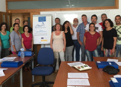 15 personas de Conil de la Frontera participan en un curso de formación y prácticas de empresa sobre el cuidado de jardines y zonas verdes, integrado dentro del proyecto Crece de integración laboral