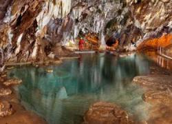 Las primeras prospecciones realizadas en Aracena para buscar nuevas grutas en la zona del Cerro del Castillo confirman la existencia de una nueva cueva de alrededor de 47 metros de superficie