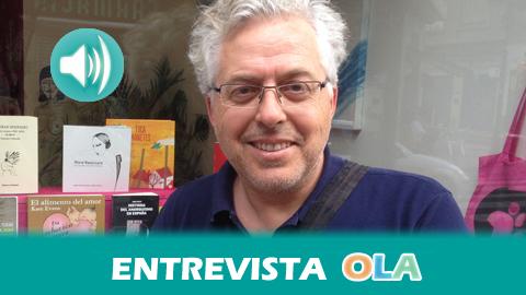 """""""La poesía sigue siendo un género muy minoritario y las editoriales hacen muy difícil que los materiales críticos con la realidad se publiquen"""", Antonio Orihuela, poeta y coordinador de Voces del Extremo"""