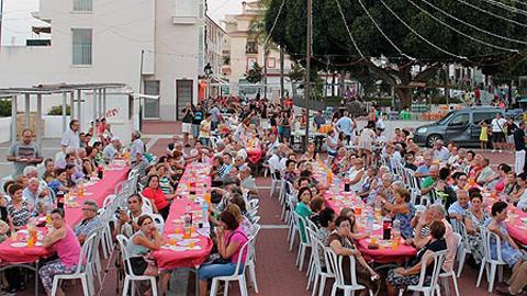 Esta semana el municipio malagueño de Alora celebra su Feria anual, un acontecimiento para todos los públicos que comenzó el pasado miércoles 29 y se clausurará el próximo domingo 2 de agosto