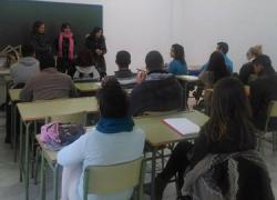Los y las jóvenes de entre 17 y 25 años de la localidad sevillana de Castilblanco de los Arroyos podrán solicitar las becas del Proyecto Ribete, un programa para la formación como guía natural