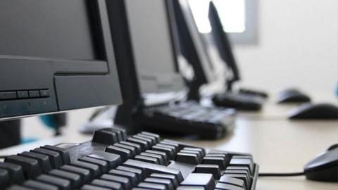 Casi una veintena de ayuntamientos de Jaén se beneficiarán de una inversión de 92.000 euros para la mejora de los equipamientos informáticos que permita un mejor acceso de la ciudadanía a los servicios públicos
