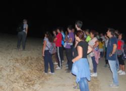 La III Ruta de Senderismo Nocturno organizada por la Asociación Cultural Scatiana y la Asociación Ecologista Ituci Verde de Escacena del Campo recorre los caminos más emblemáticos de la comarca de Tejada