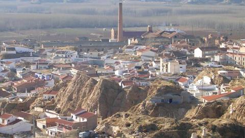 Benalúa aprueba en pleno municipal el inicio al procedimiento para bajar el Impuesto sobre Bienes Inmuebles entre un 5%- 15% para el próximo 2016, pudiendo llegar al 20% en el caso de las familias numerosas