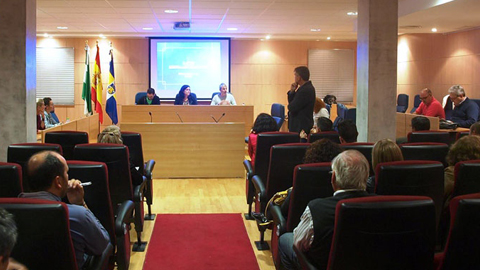 El pleno de Aljaraque aprueba el reglamento regulador de las ayudas sociales para atender necesidades básicas de la ciudadanía como alimentación, servicios básicos, gastos escolares o relacionados con la salud