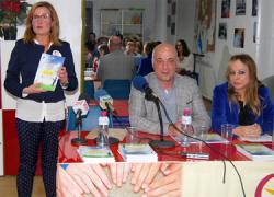 """La asociación Cuenta Conmigo presenta el libro """"Donde la ilusión nos lleve"""" que recopila relatos en los que el alumnado de los centros educativos de Rute cuentas historias relacionadas con la discapacidad"""