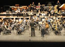 La Escuela Municipal de Música de la localidad onubense de Punta Umbría celebra estas fiestas con pasacalles y varias audiciones de los alumnos y alumnas de las diferentes especialidades que oferta el centro