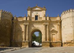 El turismo subió en Carmona un 7% en el último año, recibiendo la localidad sevillana cerca de 65.000 turistas, según los datos ofrecidos por la Delegación Municipal de Turismo del Ayuntamiento carmonense
