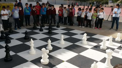El CEIP San Jorge de la localidad onubense de Palos de La Frontera apuesta por el ajedrez como recurso pedagógico desarrollando una Unidad Integrada de Ajedrez dentro del área de Ciencias Sociales