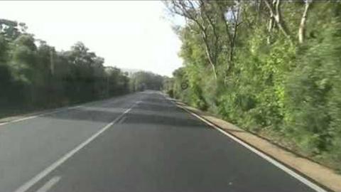 El Ayuntamiento de Vejer de la Frontera pide a la Junta de Andalucía la mejora de la A-2230, que une la localidad con la zona costera de El Palmar, de gran estrechez y necesitada de arreglos integrales