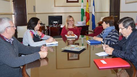 La Asociación de Familiares y Personas con Enfermedad Mental de Huelva y su provincia, FEAFES-Huelva, abrirá una delegación en la localidad de San Juan del Puerto tras un acuerdo con el Ayuntamiento