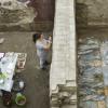 El proyecto de obras de protección e intervención arqueológica en el yacimiento de la Plaza de Armas del Alcázar de Écija ha finalizado ya las obras de recubrimiento de la zona perteneciente a la época romana