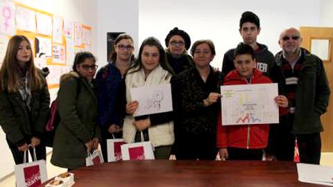 174 alumnos y alumnas del IES Ilíberis de Atarfe participan en el I Concurso de Carteles del Día de la Mujer que elegirá el cartel que mejor represente la participación activa de las mujeres en la vida pública