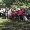 Un centenar de personas participan en la ruta senderista organizada por la Asociación Ecologista Ituci Verde que tuvo lugar en el monte público de la Pata del Caballo ubicado en el municipio Escacena del Campo