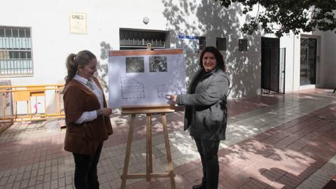 Marbella instala la nueva sede de su Escuela de Adultos en los bajos del edificio Juanar, situado en la barriada de La Patera con el objetivo de ofrecer un mejor servicio a la población malagueña