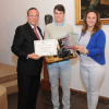 Un joven de Nueva Carteya, Miguel Morales, gana el 3º Premio del Concurso de Fotografía sobre Consumo y Medio Ambiente que organiza FACUA en Córdoba por el Día Mundial de los Derechos de los Consumidores