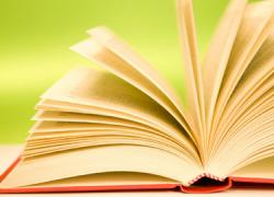 Literatura e igualdad de género van de la mano en la XXI edición del Concurso de Poesía y Narrativa Femenina organizado por la Asociación Cultural de Mujeres Coro Azahar del municipio sevillano de Cantillana