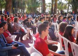 300 escolares celebran el IV encuentro sobre mediación para la resolución pacífica de conflictos en el ámbito escolar que tiene lugar en el recinto ferial El Palmeral de la localidad almeriense de Vera