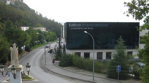 El sector emprendedor de Arcos de la Frontera se forma en el primer taller sobre búsqueda de financiación para emprendedores celebrado por el programa educativo de Andalucía Emprende en el CADE local