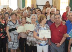 Clausurado el taller de memoria dirigido a las personas mayores de la localidad onubense de Palos de la Frontera con el objetivo de luchar contra el deterioro cognitivo asociado a la tercera edad
