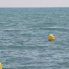 Las playas de Albuñol, así como las del resto de la Costa Tropical granadina, ya cuentan con balizas nuevas acordes con las Normas de Seguridad Marístimas para zonas de baño y aguas próximas a costas