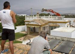 Continúa la polémica sobre las viviendas ilegales construidas en la zona gaditana de El Palmar, provocando el desencuentro entre el Ayuntamiento de Vejer de la Frontera y la Junta de Andalucía