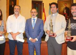 Nerva celebra la Festividad de la Villa con la entrega de los Premios Torre de Nerva 2016, que distinguen a entidades, vecinos y vecinas de la localidad onubense por su trabajo y compromiso con el municipio
