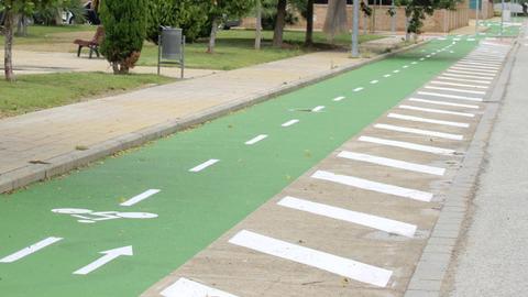 La Rinconada regula el uso de la bicicleta entre los vecinos y vecinas poniendo en vigor una nueva ordenanza de circulación de ciclistas y peatones
