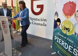 La ciudadanía de Granada se forma en educación familiar y el uso adecuado de las nuevas tecnologías a través de un taller y una campaña de sensibilización de la Diputación