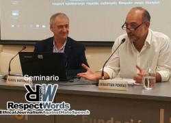 Sebastián Porras y Manuel Martorell critican los discursos dominantes en los medios de comunicación hacia las comunidades gitanas y kurdas