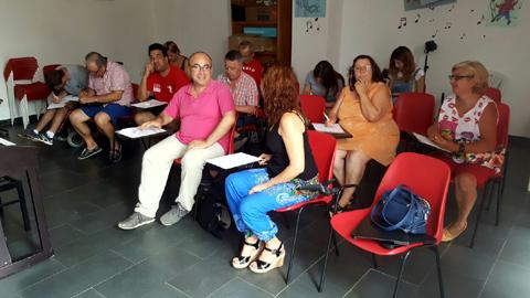 """EMA-RTV organiza el primer taller del proyecto """"Ponte al día, lee prensa"""" sobre alfabetización mediática en Villa del Río"""