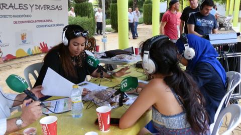 La OLA y Rurales y Diversas llevan la radio en directo hasta el II Concurso de Repostería 'Villa Cervantina' de Castro del Río