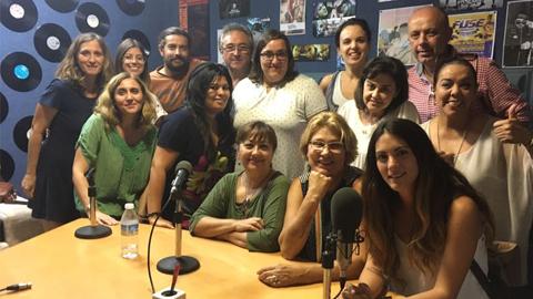 La ciudadanía de Gelves se forma en alfabetización mediática con el taller de EMA-RTV, 'Ponte al día, lee prensa'