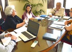 San Juan del Puerto se reúne con la Agencia Provincial de la Energía para estudiar vías de ahorro energético