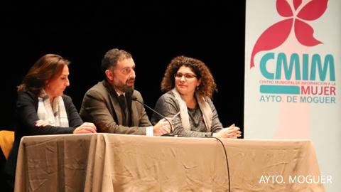 Moguer celebra el XIX Encuentro Provincial de Asociaciones de Mujeres denominado 'Tejedoras de Igualdad'