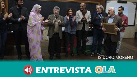 El premio a la solidaridad de la Asociación de Amistad con el Pueblo Saharaui Aminetu Haidar recae sobre el catedrático de Antropología Isidoro Moreno