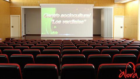 El nuevo centro sociocultural en Álora cuenta con biblioteca, escuela infantil y centro de día
