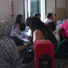 EMA-RTV lleva su radio itinerante a la Noche en Blanco de Campillos con las alumnas de su taller de convivencia cultural