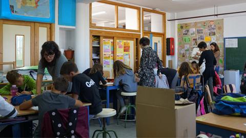 """EMA-RTV inicia el proyecto """"Ponle Voz a los Cuidados"""" para sensibilizar al alumnado de educación primaria frente a las desigualdades y promover su participación a través de radios escolares"""