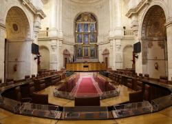 Cerrado el acuerdo programático, Partido Popular y Ciudadanos buscan un acuerdo sobre la Mesa del Parlamento y la investidura