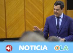 Juan Manuel Moreno defiende en la sesión plenaria las cuentas que su Gobierno va a presentar mañana para la comunidad