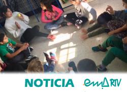 """""""Ponle Voz a los Cuidados"""" de EMA-RTV realiza su última parada en Casares (Málaga) con el alumnado del CEIP Blas Infante para promover una infancia crítica y participativa"""