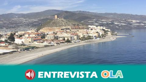 Las vistas que se disfrutan desde Gualchos aúnan la majestuosidad de la Sierra de Lujar y la profundidad del Mediterráneo